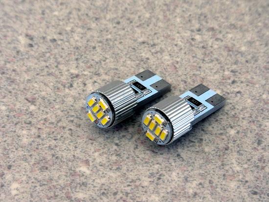 ユーロライン T10ウェッジ正面発光LEDバルブ